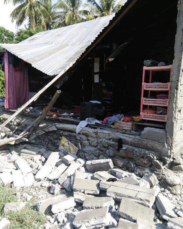 Indonéský ostrov Sulawesi zasáhlo zemětřesení