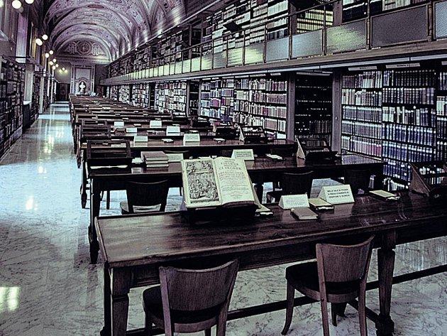 1 600 000 knih. Právě o tolik jich pečuje Vatikánská knihovna, která v současnosti prochází rozsáhlou rekonstrukcí.