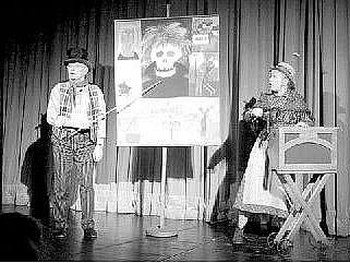 OBNOVENÁ KYTICE. V nové verzi se objeví dvojice moderátorů (Jiří Suchý a Jitka Molavcová), kteří budou jednotlivé epizody uvádět po vzoru jarmarečních písní.