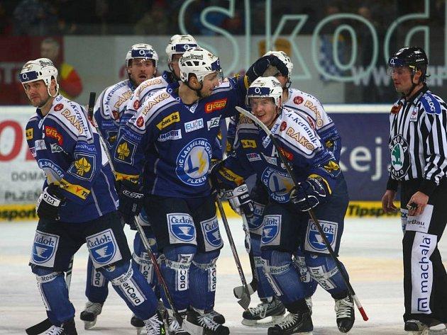 Závěrečná radost v podání plzeňských hokejistů.