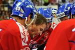 Alois Hadamczik udílí pokyny na turnaji série Euro Hockey Tour v Brně.