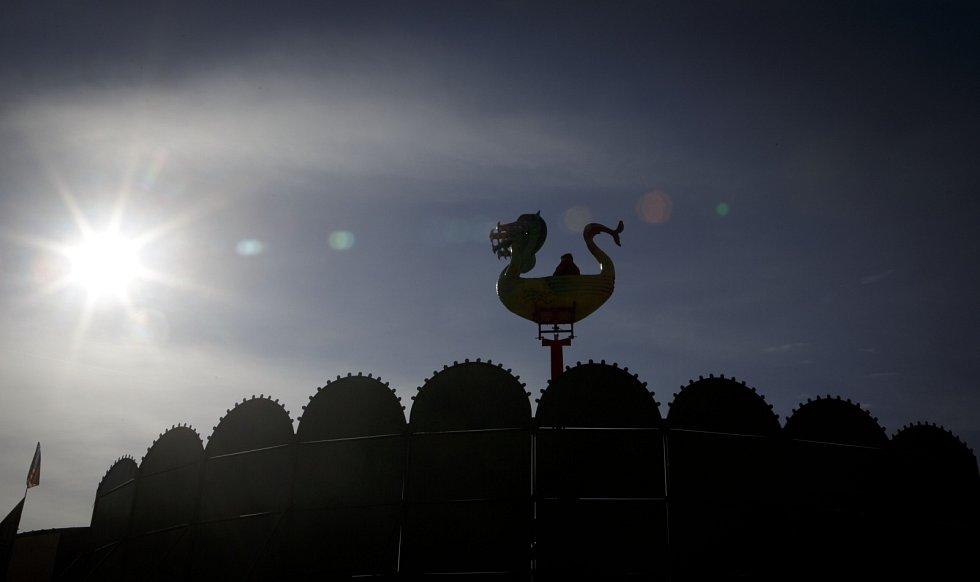 Jubilejní padesátý ročník tradiční Matějské pouti začal 2. března v Praze na Výstavišti.