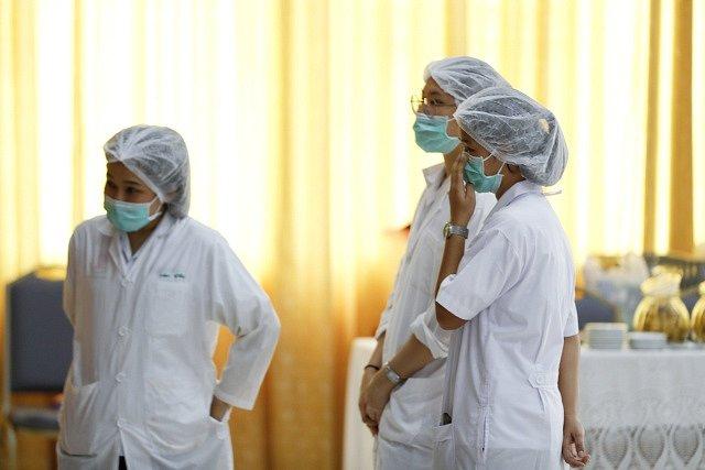 Malí thajští fotbalisté budou muset zůstat po záchraně ještě minimálně týden v péči lékařů.