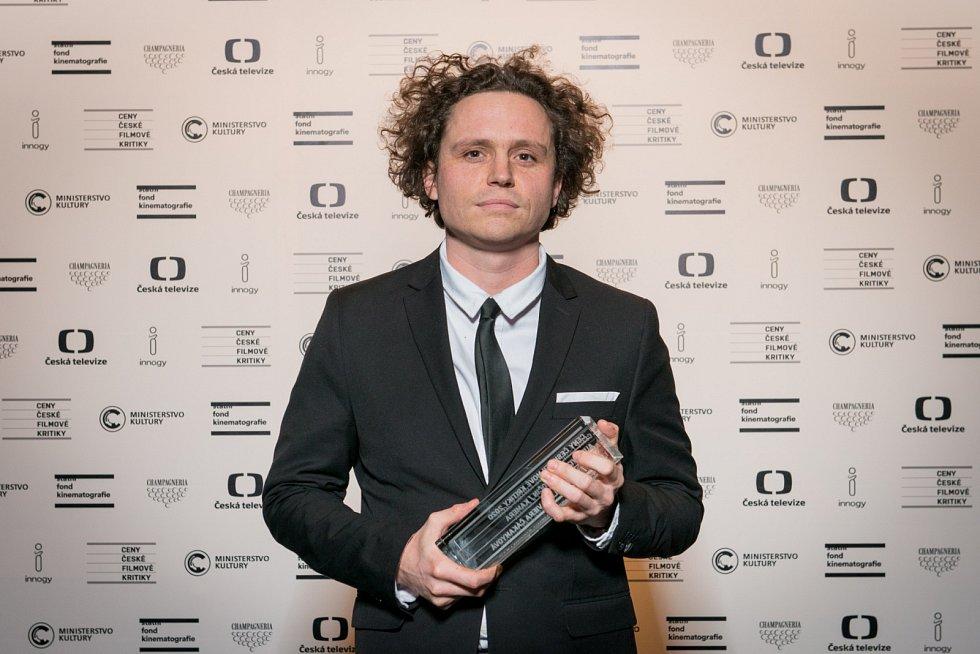 Tomáš Klein získal cenu v kategorii Audiovizuální počin (kamera dokumentu FREM).