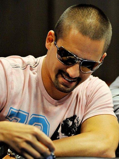 Tomáš Plekanec patří mezi nejlepší hráče pokeru.