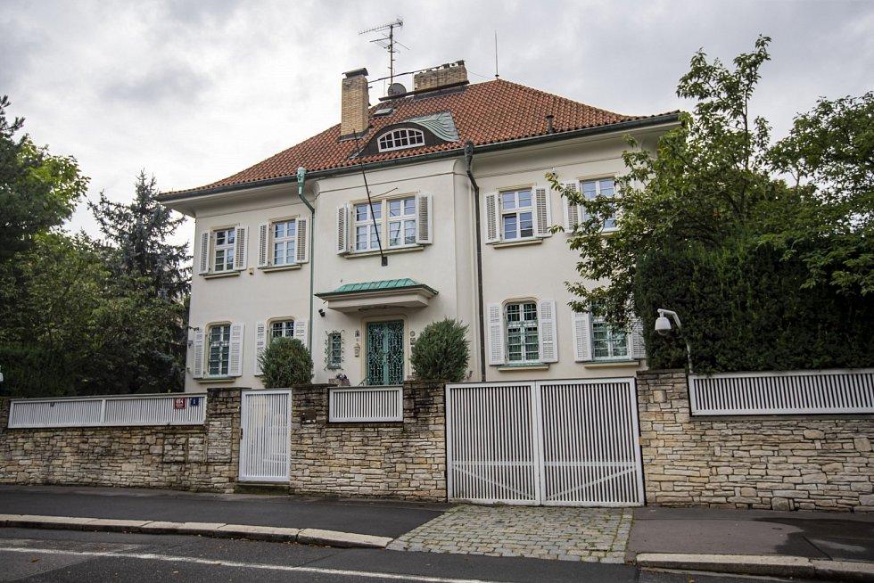 Vila prvního českého prezidenta Václava Havla v Dělostřelecké ulici v Praze