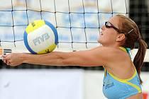 Krystýna Kolocová během zápasu o královu pláže.