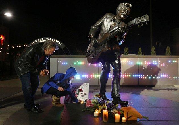Smutek nad smrtí Chucka Berryho vyjádřila řada osobností