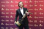 Útočník David Pastrňák 11. června 2020 v Praze vyhrál počtvrté v řadě anketu Zlatá hokejka pro nejlepšího českého hokejistu sezony