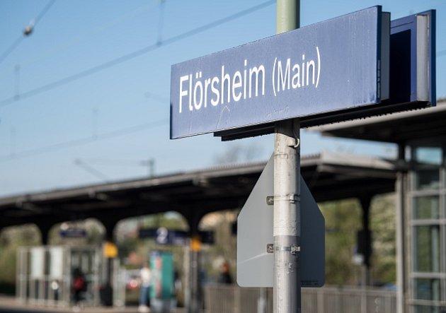 Znásilněná dívka byla vyzvednuta z vlaku ve stanici Flörsheim