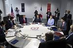 Schůzka lídrů zemí G7 na summitu ve franouzském Biarritzu.