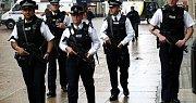 Londýnští policisté