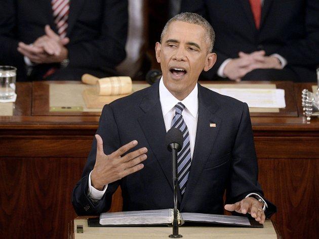 Šéf Bílého domu Barack Obama se ve svém posledním poselství o stavu unie nepřímo opřel do republikánských prezidentských kandidátů Donalda Trumpa a Teda Cruze.