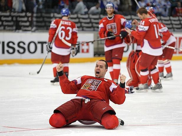 Tomáš Rolinek coby kapitán dovedl českou reprezentaci do semifinále hokejového MS.