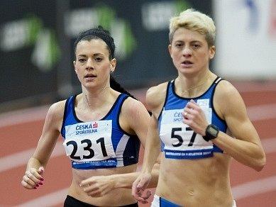 Kristiina Mäki (vlevo)