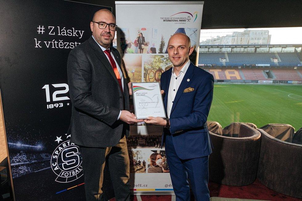 Sparta se zapojila do mezinárodního projektu The Duke of Edinburgh's International Award (DofE). Ten má mladým fotbalistům pomoci nejen po sportovní, ale rovněž i lidské stránce.