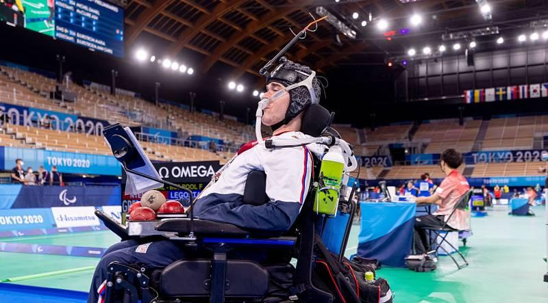 Adam Peška vyhrál na paralympijských hrách v Tokiu turnaj v boccii.