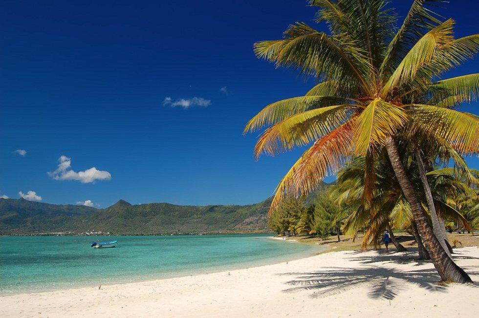 Tropická pláž na Mauriciu