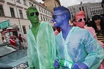 Průvod Prahou při festivalu Prague Pride 2011.