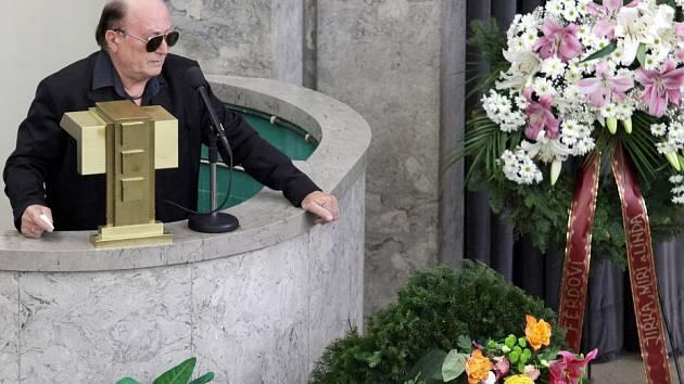 Pohřeb bubeníka skupiny Olympic Milana Peroutky v krematoriu Strašnice.
