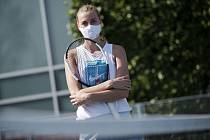 První trénink po karanténě: Petra Kvitová si procvičila údery v areálu Sparty