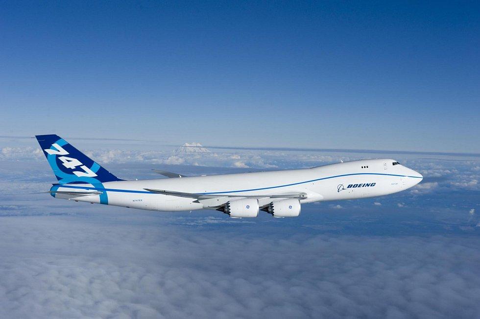 8. Boeing 747-8 - první let prototypu.