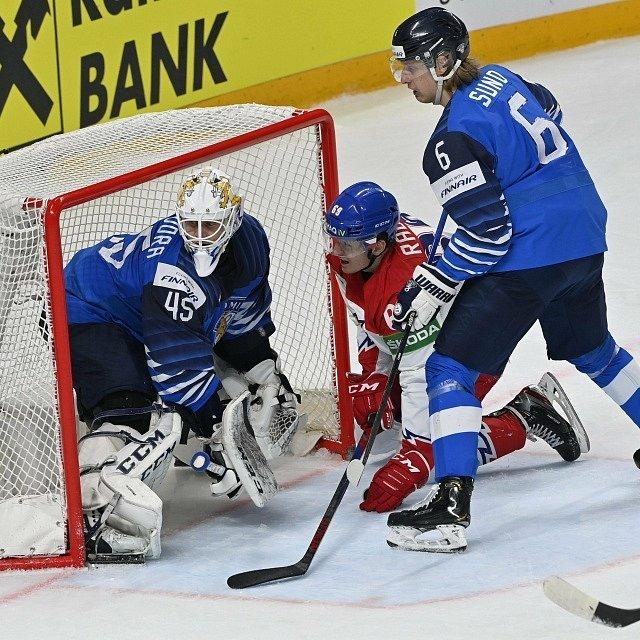 Čeští hokejisté ve čtvrtfinále mistrovství světa proti Finsku.