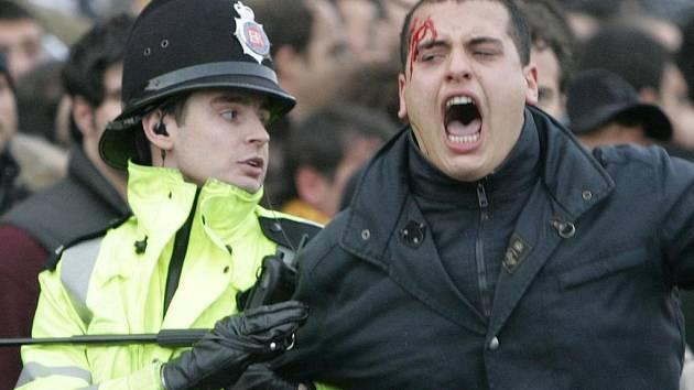 Násilnosti v Manchesteru