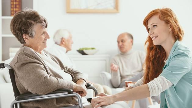 Hospicy poskytují takzvanou paliativní péči. Starají se zde o nevyléčitelně či těžce nemocné pacienty.