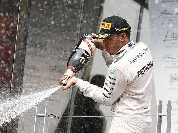 Velká cena Kanady: Lewis Hamilton a jeho radost