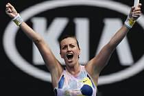 Česká tenistka Petra Kvitová se raduje z postupu do čtvrtfinále Australian Open.