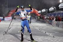 Hannu Manninen slaví trimf v závodě sdruženářů v Oberhofu.