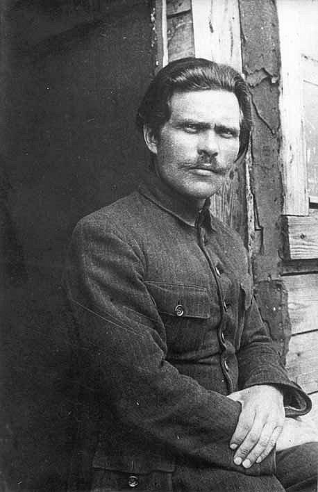 Legendární partyzánský velitel Nestor Ivanovič Machno, spojenec Rudé armády i bojovník proti ní