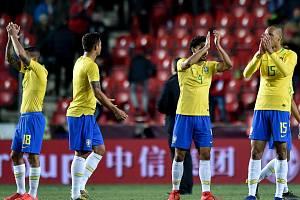 Radující se brazilští fotbalisté