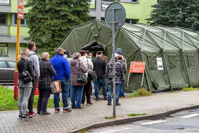 Testování obyvatel na Slovensku během epidemie koronaviru