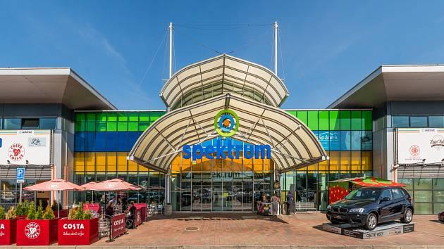 Obchodní centrum Spektrum v Průhonicích