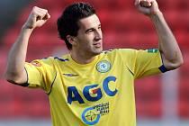 Teplický útočník Aidin Mahmutovič slaví svůj vítězný gól ve finále Poháru ČMFS se Slováckem.