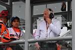Ředitel závodů formule 1 Charlie Whiting.
