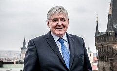 Jiří Rusnok během rozhovoru Deníku.