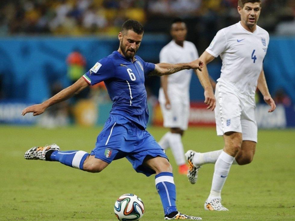 Snímek z utkání Anglie – Itálie 1:2 (1:1).