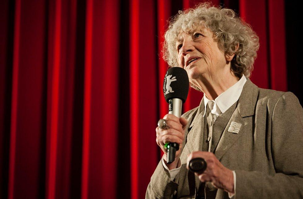 Kameru Berlinale za mimořádné zásluhy v oblasti filmografie obdržela režisérka Ulrike Ottingerová