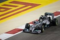Lewis Hamilton ve Velké ceně Bahrajnu.