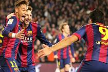 Neymar (vlevo), Lionel Messi (uprostřed) a Luis Suárez zařídili Barceloně výhru nad Atlétikem Madrid.