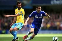 Cesc Fábregas z Chelsea (vpravo) proti Crystal Palace.