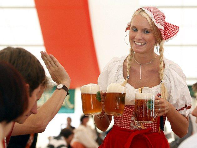 Na výstavišti v pražských Letňanech začal 22. května druhý ročník Pivního festivalu.