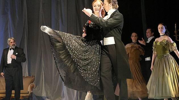 Dámu s kaméliemi od A,Dumase ml. chystá Divadlo F.X.Šaldy v baletním provedení s hudbou Giuseppe Verdiho.