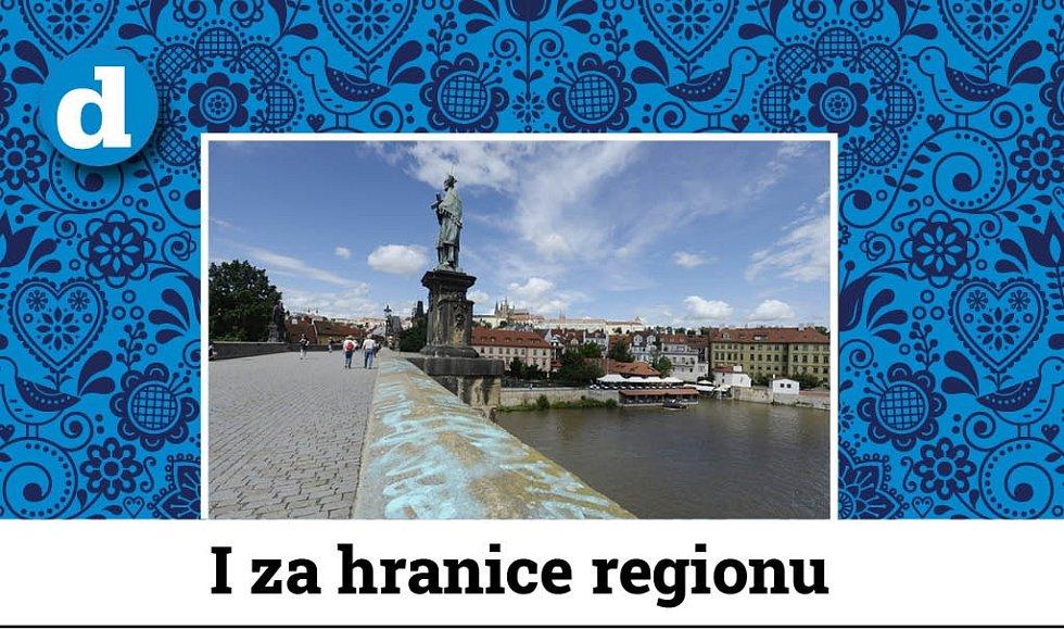 Posprejovaný Karlův most - Neznámý vandal 9. července 2021 posprejoval část Karlova mostu v Praze. Modré nápisy v angličtině jsou na zídce na pravé straně mostu směrem k Pražskému hradu.