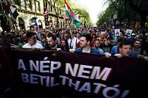 Demonstrace v Maďarsku proti premiérovi Viktoru Orbánovi