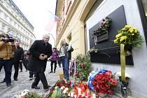Na Národní třídu dorazil i předseda Senátu Milan Štěch.