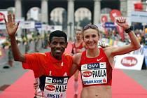 Gebrselassie vyhrál stíhací závod s Radcliffeovou.